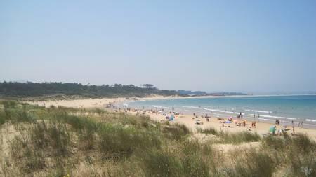 playa-de-loredo-loredo-ribamontan-al-mar-cantabria beach