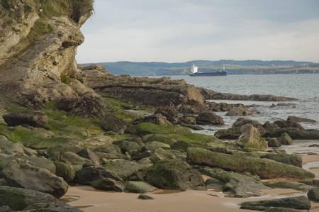 playa-de-los-molinucos-santander-cantabria beach