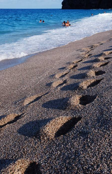 playa-de-los-muertos-carboneras-andalusia beach