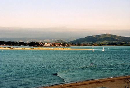 playa-de-los-peligros-santander-cantabria beach