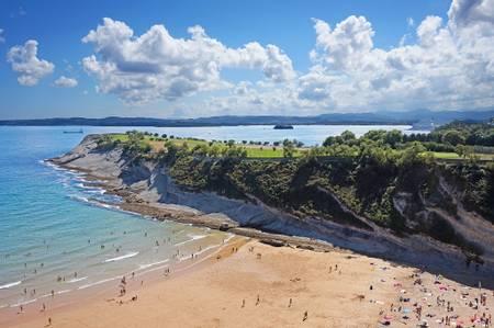playa-de-matalenas-santander-cantabria beach
