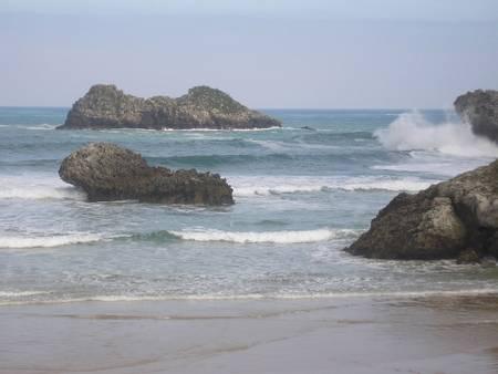 playa-de-palombina-celorio-asturias beach