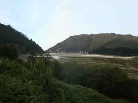 playa-del-sable-isla-cantabria beach