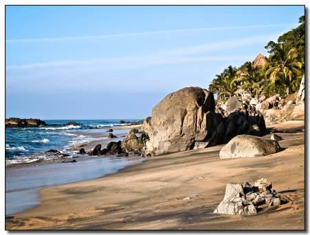 playa-escondida-sayulita beach