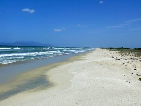 playa-la-restinga-tubores-nueva-esparta beach