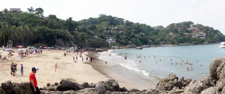 playa-los-muertos-sayulita-nayarit beach