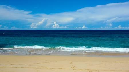 playa-los-tubos-tierras-nuevas-poniente-manati beach