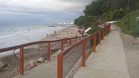 playa-palmares-puerto-vallarta-jalisco beach
