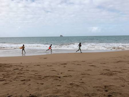 plage-de-clugny-sainte-rose-basse-terre beach