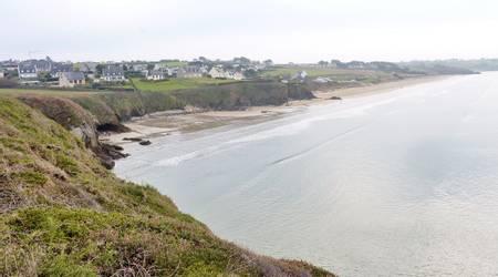 plage-de-kervel-plonevez-porzay-brittany beach