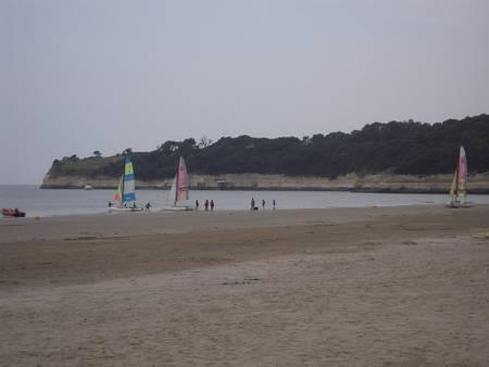 plage-de-suzac-saint-georges-de-didonne-nouvelle-aquitaine beach