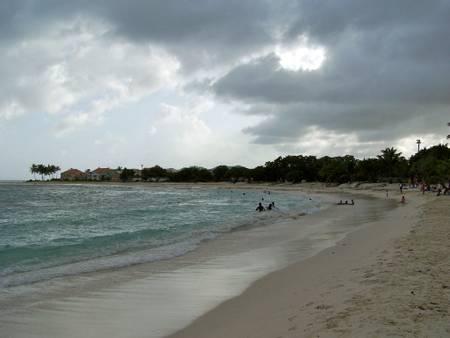 plage-des-raisins-clairs-saint-francois-grande-terre beach