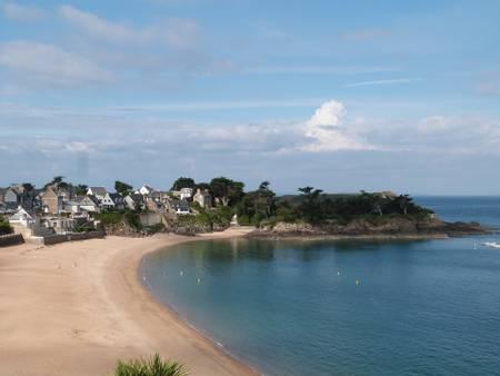plage-du-val-saint-malo-brittany beach