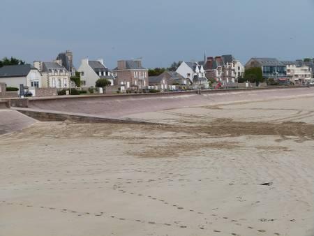 plage-du-centre-erquy-brittany beach