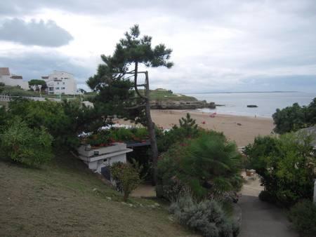 plage-du-chay-royan-nouvelle-aquitaine beach