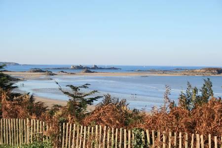 plage-du-rougeret-saint-jacut-de-la-mer beach