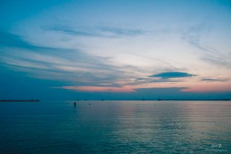 plage-rive-gauche-le-grau-du-roi-occitanie beach