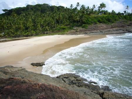 praia-tiririca-itacar%C3%A9-bahia beach