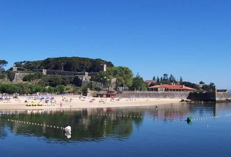 praia-da-ribeira-baiona-galicia beach