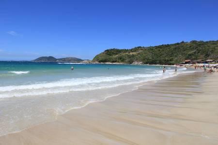 praia-das-conchas-cabo-frio-rio-de-janeiro beach