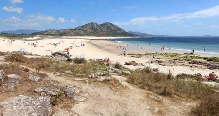 praia-de-area-maior-malpica-galicia beach