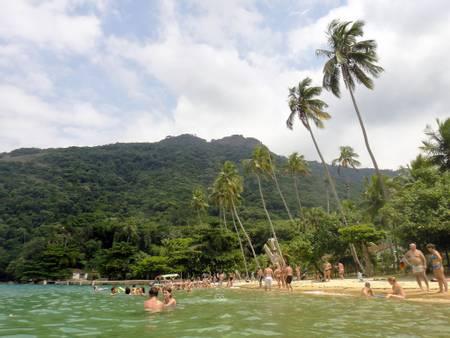 praia-de-freguesia-de-santana-angra-dos-reis-state-of-rio-de-janeiro beach
