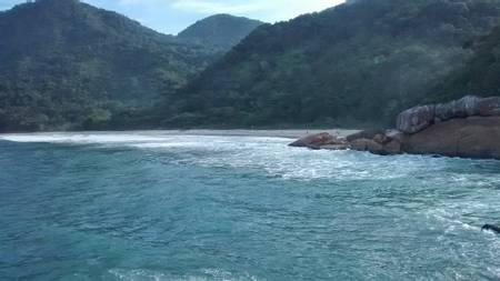 praia-do-cachadaco-paraty-state-of-rio-de-janeiro beach