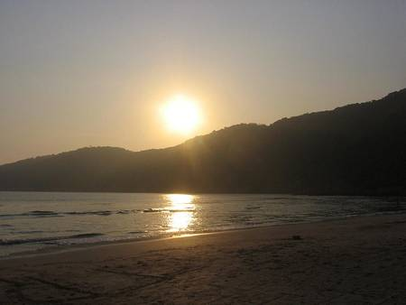 praia-do-guaiuba-guaruja-state-of-sao-paulo beach