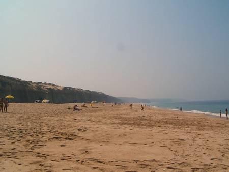 praia-do-meco-moinho-de-baixo-sesimbra-%C3%A1rea-metropolitana-de-lisboa beach