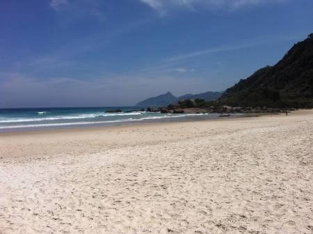 praia-lopes-mendes-angra-dos-reis-state-of-rio-de-janeiro beach
