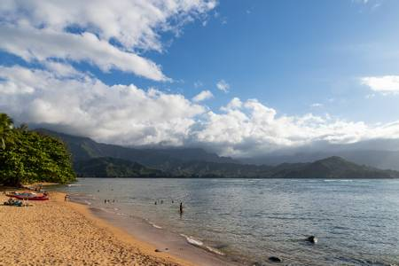 pu'u-poa-beach-princeville-hawaii beach