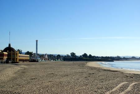 santa-cruz-main-beach-santa-cruz-california beach
