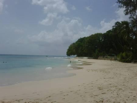 sandy-lane-beach-holetown-saint-james beach