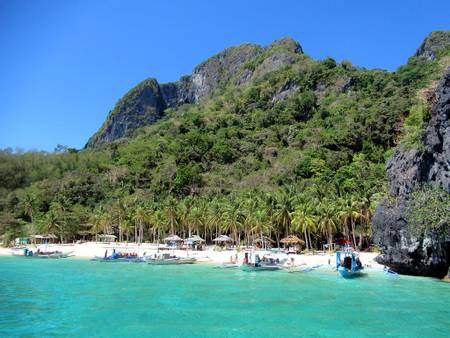 seven-commandos-beach-el-nido-palawan beach