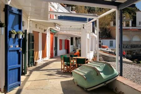 sota-cala-margarida-palam%C3%B3s-catalonia beach