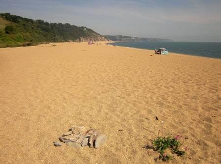 slapton-sands-strete-england beach