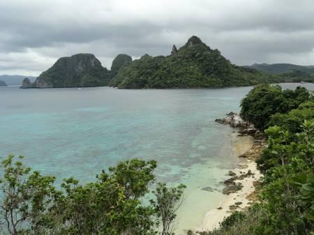 snake-island-el-nido beach