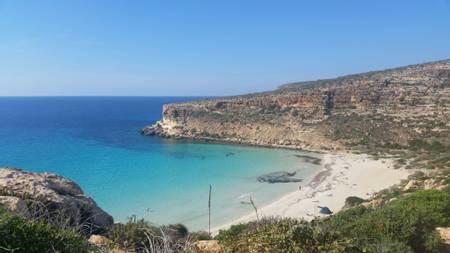 spiaggia-dei-conigli-lampedusa-e-linosa-sicily beach